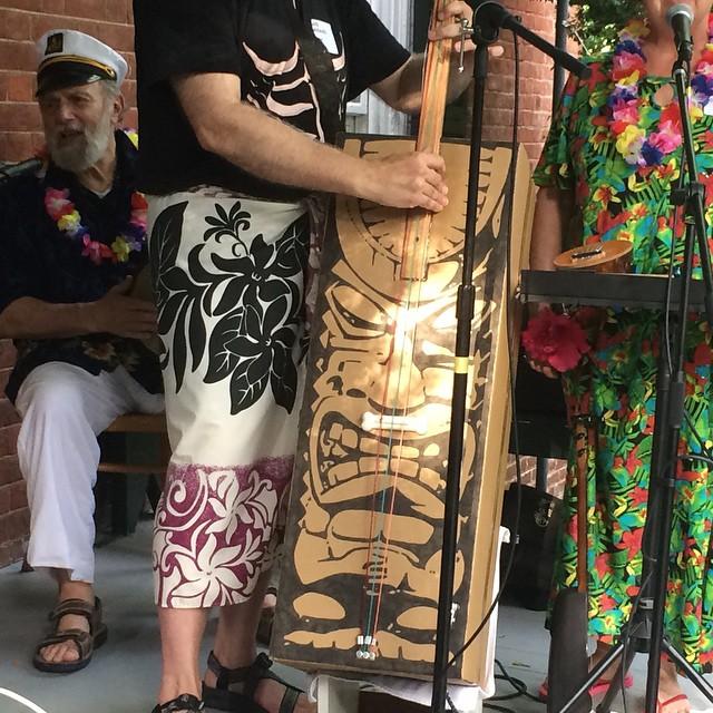 hawaii box bass
